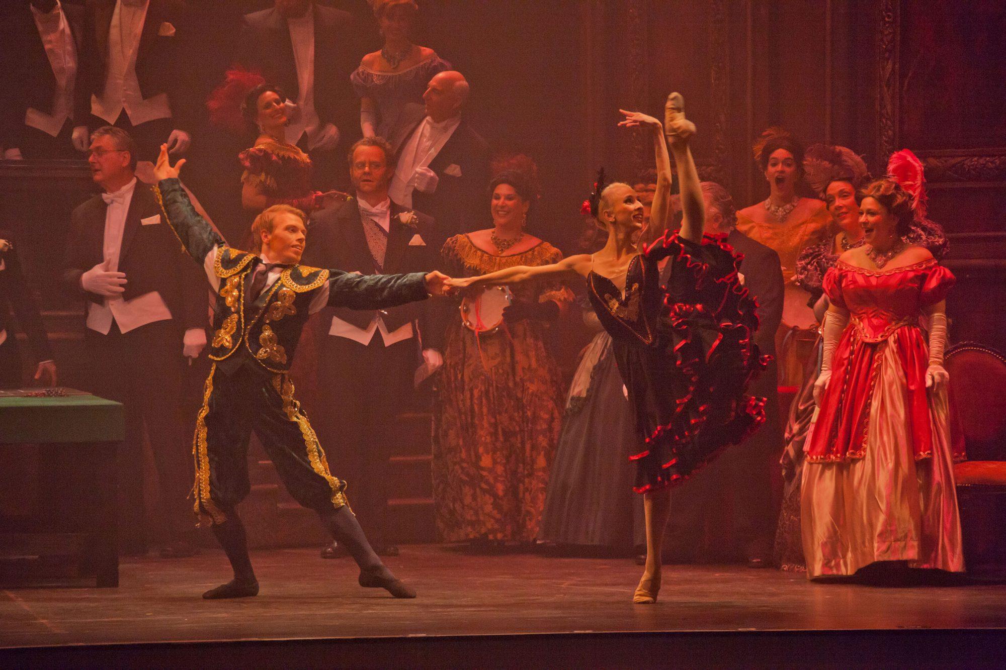 La Traviata Production Stills-928